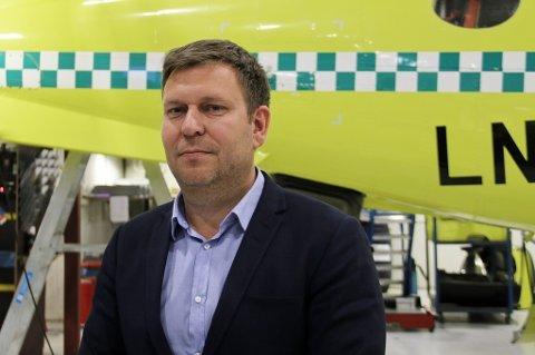 VARSLER: Luftambulansetjenesten HF har varslet Lufttransport om at det kan komme erstatningskrav etter at problemene oppsto. Her er administrerende direktør i Lufttransport, Frank Wilhelmsen. Arkivfoto: Astrid Øvre Helland