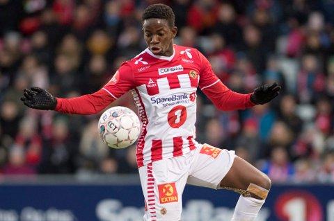 STARTER: Mushaga Bakenga har gledet seg lenge til møtet med gamleklubben Rosenborg på Alfheim. Han får sjansen fra start sammen med Runar Espejord på topp.