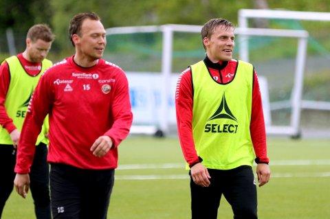 HJEMME: Ruben Yttergård Jenssen på TIL-trening tirsdag sammen med Tom Høgli og Magnus Andersen. 30-åringen har fortsatt planer om å komme tilbake for å spille for TIL, men er ganske tydelig på at TIL ikke får oppfylt ønsket om at det skjer denne sommeren.