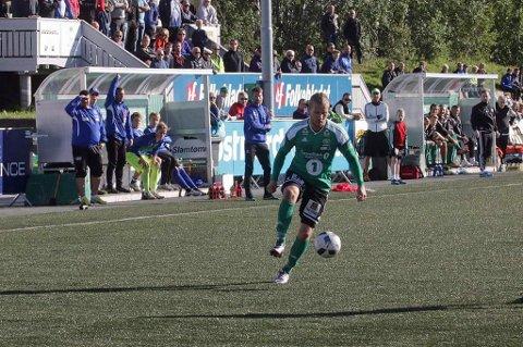 FLYTTER PÅ SEG: Joakim Amandus Nilsen (23) har spilt for Finnsnes i over fem år. Nå venter ny utfordringer for vingbacken.