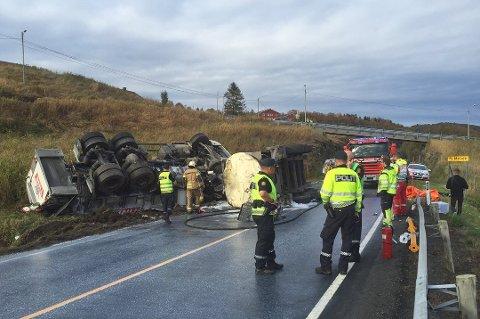 DØDSULYKKE: To personer omkom i trafikkulykken i Sørvika utenfor Harstad i september 2015.