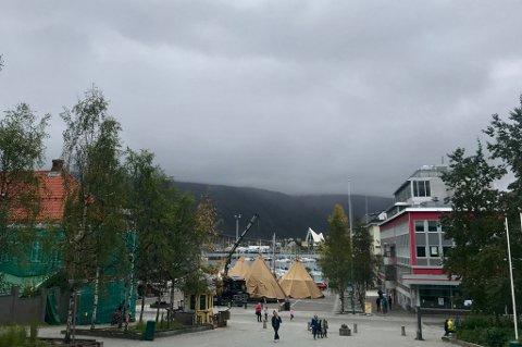 Tromsø sentrum søndag ettermiddag.