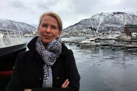 ARRANGØR: Kristin Josefine Solstad ser frem til en kveld med heksebrenning i fokus når hun arrangerer «Heksebrenning i nord» i samarbeid med Tromsø museum. Rune Blix Hagen fra UiT foredrar om temaet, samt avduker kunstner Synvis Nordins nye verk.