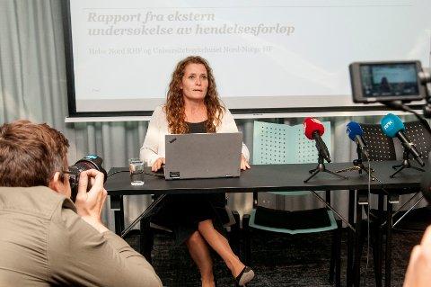 RAPPORT: Advokat Marianne Pilgaard presenterer PwC-rapporten på Radisson Blu i Tromsø onsdag ettermiddag.
