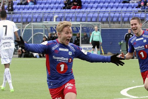 TOMÅLSSCORER: Mathias Abelsen noterteseg for to scoringer i dagens seier mot Ull/Kisa.