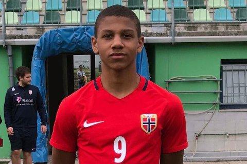 TILs ENESTE: Bryan Fiabema (15) er for tiden TILs neste norske landslagsspiller. Utviklingssjef Truls Jenssen mener tøffere konkurranse gjør at TIL vil bli mindre representert på aldersbestemte landslag fremover.