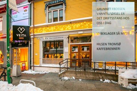 HOLDER STENGT: Tromsø Kaffebrenneri  måtte stenge kafeen mandag da det ikke var vann i noen av kranene.