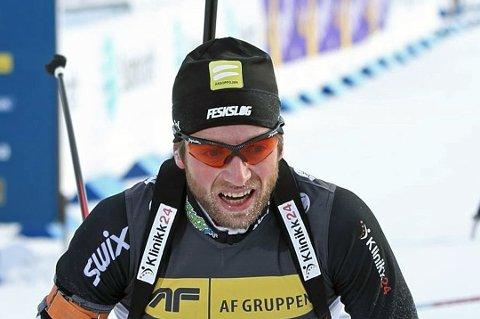 Alexander Os la egentlig ikke som skiskytter i 2016. Likevel fortsetter han medaljesankingen. Her fra en tidligere anledning.