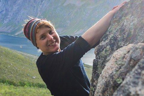 SAVNET: 29 år gamle Disa Bäckström fra Sverige er blant de savnede og antatt omkomne etter snøskredet på Blåbærfjellet forrige onsdag. Bildet av henne er frigitt av politiet i overensstemmelse med hennes pårørende.