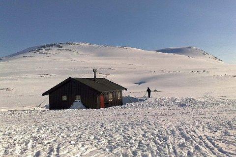 STJAL PENGER: Uvedkommende har stjålet penger fra seks av Troms Turlags hytter, blant dem Skarvassbu.