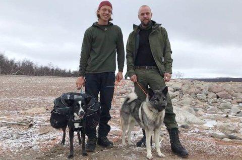 FINNERNE: Oscar Aleksander Sekkelsten (t.v.) og Fredrik Lutro Pettersen fant Simba ved Altevatnet.