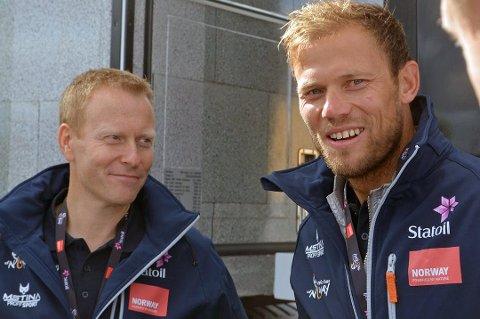 RUTA KLAR: Daglig leder Knut-Eirik Dybdal (t.v) og ambassadør Thor Hushovd (t.h) presenterer tirsdag ruta for Arctic Race of Norway 2020.