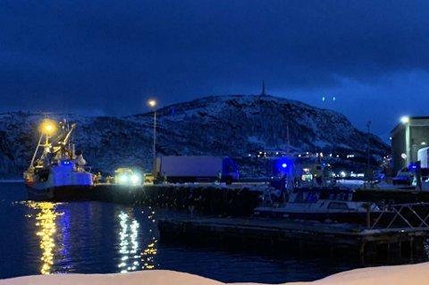 ULYKKE: Nødetatene rykket fredag ettermiddag ut til en båt i Skjervøy havn etter melding om en arbeidsulykke.