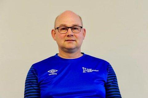 GIKK BRÅTT BORT: Frank Jakobsen var en aktiv ildjsel i idrettsmiljøet i Sørreisa. Han gikk bort onsdag, bare 51 år gammel.