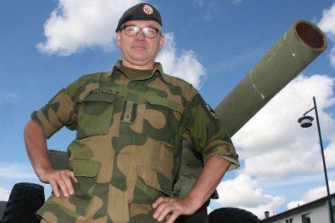 INGEN FREMSKRITT: Situasjonen i leirene i Indre-Troms er så ille at hovedtillitsvalgt i Hæren, Pål Nygaard, frykter for ansattes motivasjon og trivsel.