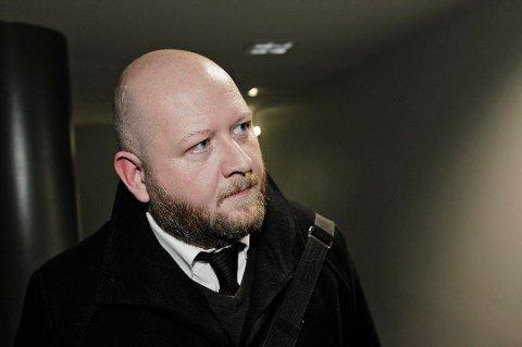 NEKTER STRAFFSKYLD: 17-åringen er ikke enig i påtalemyndighetens tiltale, opplyser hans forsvarer Bjørn Morten Litveit Hansen.
