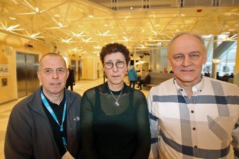VIL REDUSERE STRYKNING: De jobber alle på UNN og merker godt hvordan kansellering av planlagte operasjoner påvirker både pasienter og ansatte. Målet er å få andelen ned. Fra venstre: Jan Eivind Pettersen, foretakstillitsvalgt på UNN, Trine Storjord og Rolv-Ole Lindsetmo, henholdsvis rådgiver og klinikksjef på Kirurgi-, kreft- og kvinnehelseklinikken.