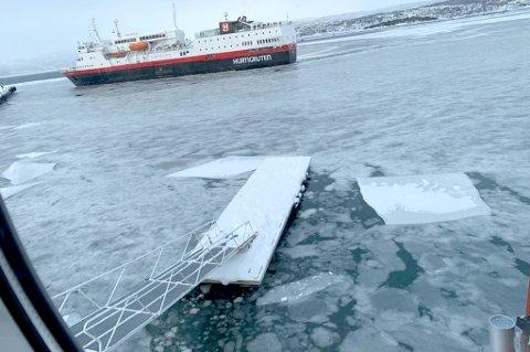 PROBLEMER: Isen hindret hurtigbåtene fra å legge til Lundkaia på Finnsnes.