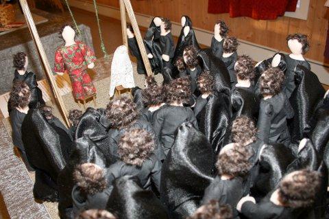 HENGES: Henrettelse er et av temaene i utstillinga.