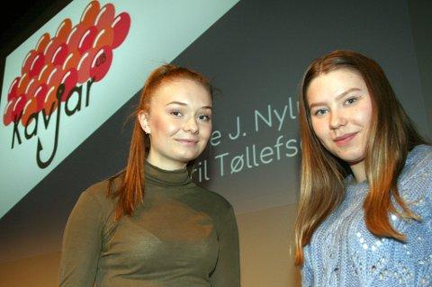 SUKSESS: Tiril Tøllefsen (t.v.) og Vilde Jakobsen Nylund i ungdomsbedriften Kavjar.