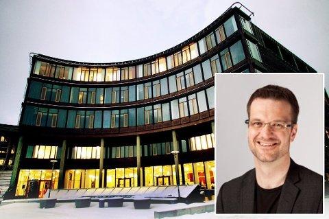UENIG: Jørgen Fossland er universitetsdirektør ved UiT, og han er uenig i rapporten som mener at Staten bør eie og forvalte UiT-eiendommen.
