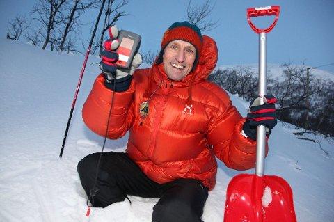 NYE EVENTYR: Skredekspert Espen Nordahl flytter til Lofoten for å jobbe i varsom.no. Og for å være nærmere fjellene som stikker opp rett fra havet.