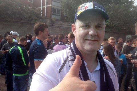 TOTTENTOTT: Gjermund Nilssen tror på seier for Tottenham. Her fra en fotballtur i London.