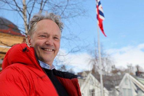 SKAL PASSE PÅ MEDIA: Professor Kjell Arne Røvik fra Tromsø er innstilt som nytt medlem fra allmennheten i Pressens Faglige Utvalg.