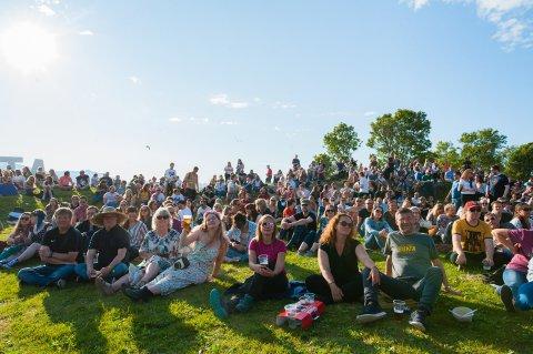 FINT BUKTAVÆR: For festivaldeltakerne på Buktafestivalen bringer oppdateringen fra Vervarslinga i Nord-Norge et ekstra stort smil om munnen.