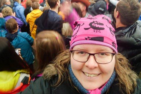 VIL TRYGGE FESTIVALEN: Hanne Marie Mikalsen merker hvor stort engasjement Rossfjordrocken skaper i hjembygda.