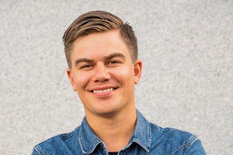 STORFORNØYD: Stian Johansen kaller seg selv en stolt festivalsjef etter å ha lagt bak seg Rakettnatt 2019.