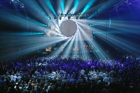 SOM ORIGINALEN: Brit Floyds konsert i Tromsø 28. september flyttes fra Fløyahallen til Skarphallen.