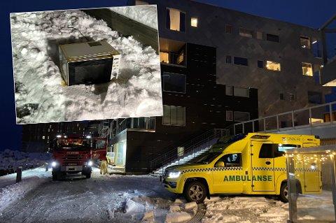 BRANN: Nødetatene rykket til Strandkanten i Tromsø lørdag ettermiddag etter at en mikrobølgeovn begynte å brenne.