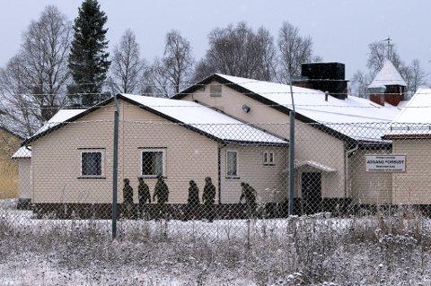 LOCKDOWN: Portforbudet i Setermoen leir kan bli opphevet etter at det ikke er registrert noen nye smittetilfeller siden helga.
