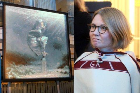 STERKT MØTE: Gro Kristine Kiil Larsen fikk mandag avduket kunstverket hun selv har stått modell for, som baserer seg på hennes egen historie som sykepleier. Verket «Breathe» skal fortelle om sykepleiernes arbeidspress, og skal etter planen henge i Tromsø rådhus i et halvt år.