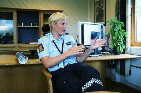 UTEN FUNN: Politiet er foreløpig ikke noe nærmere å finne savnede Nils Johan Ottesen (51), forteller politioverbetjent Katrine Grimnes.