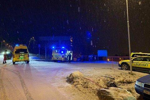 PÅGREP MANN: Politiet måtte bruke både pepperspray og elektrosjokkvåpen da de pågrep en mann i 50-årene mandag. Foto: Anders Mo Hanssen