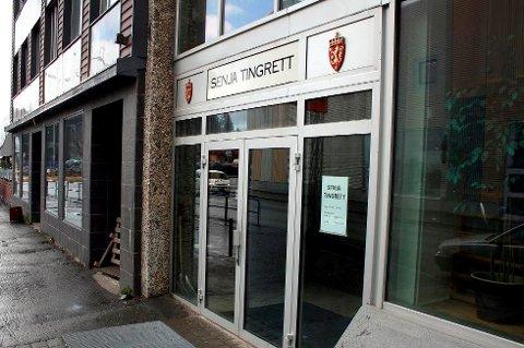 UNNGÅR NEDLEGGELSE: Domstolskommisjonen foreslo i fjor drastiske kutt i antall tingretter i Norge. Nå blokkerer opposisjonen på Stortinget for forslaget. Foto: Arkiv