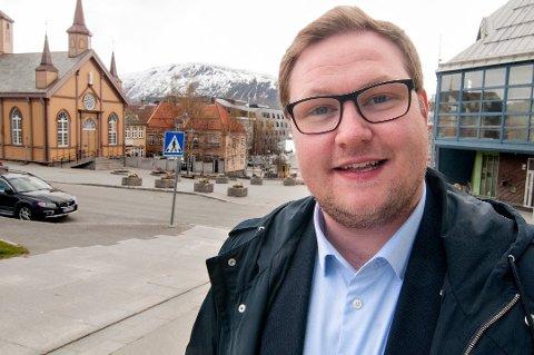 I TROMSØ: Erlend Svardal Bøe er egentlig gruppeleder for Tromsø Høyre, men er i dag i vikariat som politisk rådgiver for Bent Høie (H). Nå ønsker han seg på Stortinget.