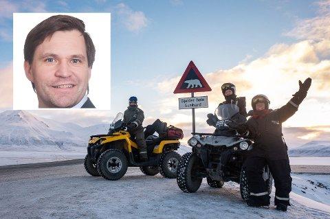 AKTIVITETER: Det er mye å gjøre på Svalbard også på våren og sommeren, sier hotelldirektør Stein-Ove Johannessen (innfelt) ved Svalbard Hotell & Lodge. Foto: Tommy Simonsen (Svalbard Adventures) / Privat
