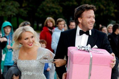 GRAVID: Lene Marlin og Kåre Conradi, her fotografert på vei inn til prinsesse Märtha Louises 40-årsdag i 2011, venter barn.