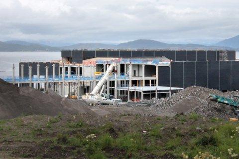 STORT ANLEGG: I Klubben næringspark på Grasmyr på Senja bygges den nye laksefabrikken til Salmar.