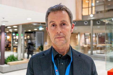 KORONA: Kommunikasjonssjef Stein Vidar Loftås forteller om bankens smittetilfelle.