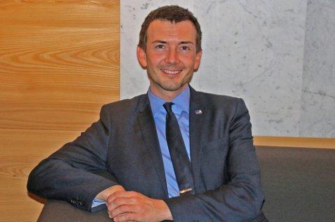 BYTTER JOBB: Kent Gudmundsen starter i ny jobb 1. november, og får dermed etterlønn i en liten måned. Her fra en tidligere anledning.