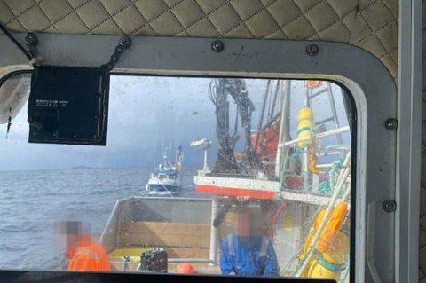 REDNINGSMANN: Simon Haugen fikk reddet de to om bord på den brennende sjarken «Skarstein». De er begge fløyet til UNN for sjekk.