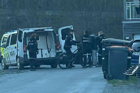 PÅGREPET: Her har politiet pågrepet sykkeltyven i Ishavsvegen på Tromsøya.