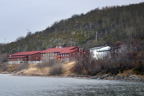 FLYTTER INN: Anlegget på Rødbergodden i Senja kommune blir nå tatt i bruk som botilbud for asylsøkere med særskilte behov og utagerende oppførsel.
