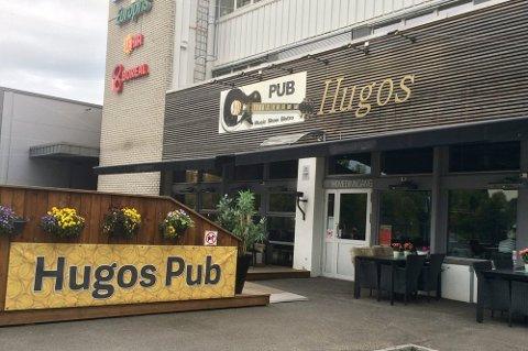 STENGT: Puben stengte i oktober. I februar i år ble den slått konkurs. Nå er det full krangel om innboet.