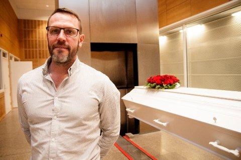 VIL UNNGÅ EKSPLOSJONER: Gravlundsjef Jørgen Forøy krematoriums- og gravlundssjef i Tromsø og leder for Krematorienettverket.