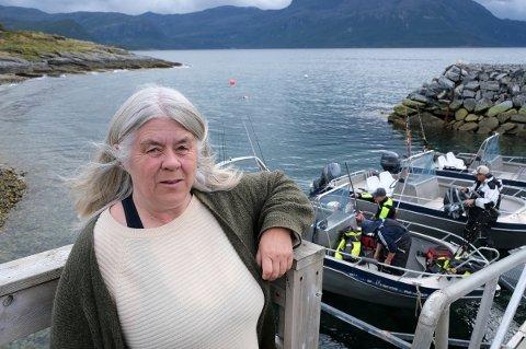 FØLER SEG OVERSETT: Ragna Lerkendal har fått tilbake fisketuristene til reiselivsbedriften etter koronaen, men ser nye mørke skyer i horisonten.